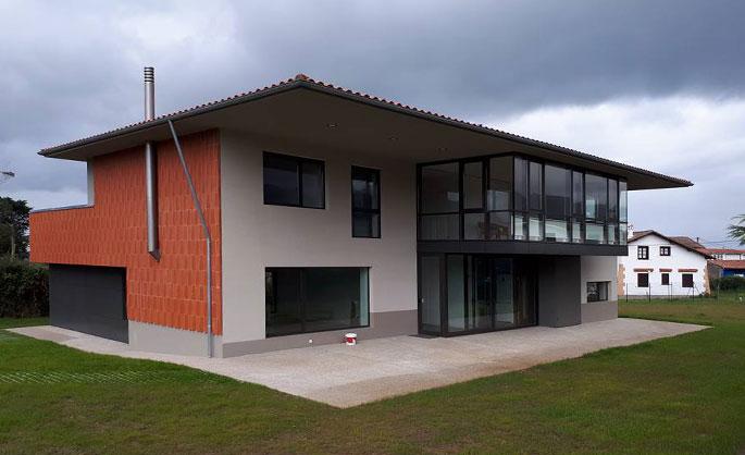 Aluminios Tecnoal - Galería en vivienda unifamiliar